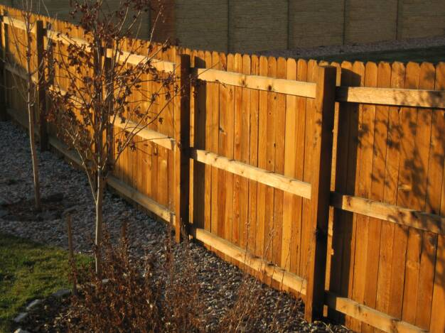 Colorado Springs Cedar Fence Rails Side in Colorado