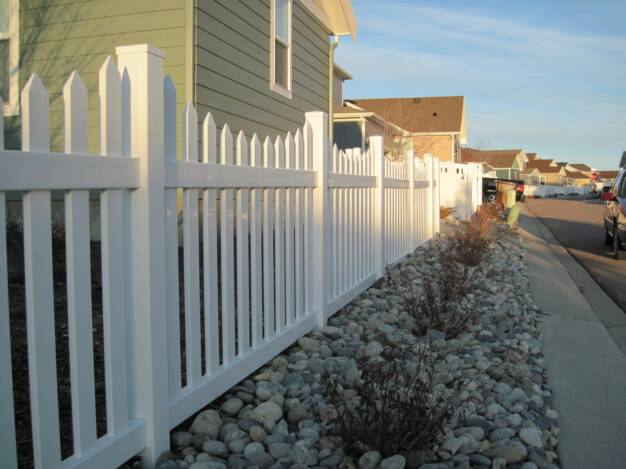 Vinyl Picket Fence in Colorado